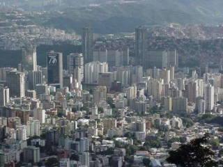 Caracas te quiero, Caracas te odio, al mismo tiempo